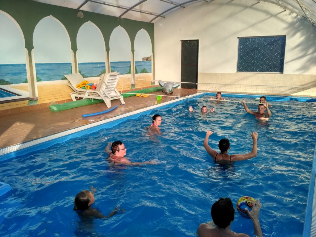 Игра в водное поло